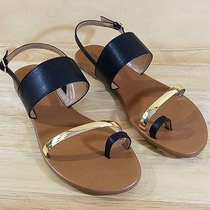 NWT Arizona Flat Sandals, sz 11m